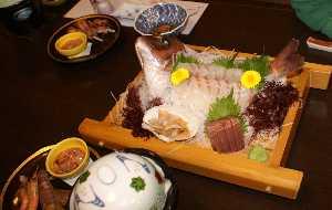 日間賀島・いすず館の夕食