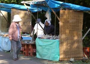 横蔵寺売店のおばあさん