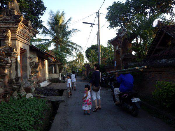 バリ島ウブドの路地裏