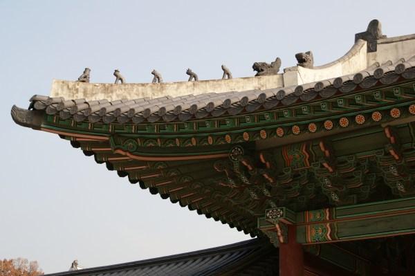 韓国宮殿の屋根組